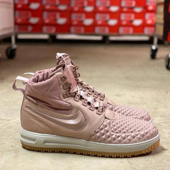Nike Lunar Force Womens Duckboot Shoes